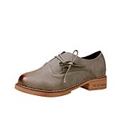 Ženske Oksfordice Udobne cipele Proljeće Jesen PU Kauzalni Vezanje Ravna potpetica Crn Sive boje Žutomrk Do 2.5 cm