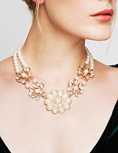 Dame Strøm Halskjede Uttalelse Halskjeder Perle Blomsterformet Perle Erklæringssmykker kostyme smykker Vintage Mote Smykker Til Bryllup