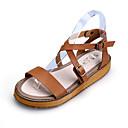 abordables Sandalias de Mujer-Mujer Zapatos Cuero Primavera / Verano Confort / Talón Descubierto Tacón Plano Hebilla Blanco / Negro / Marrón