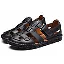 זול סנדלים לגברים-בגדי ריקוד גברים נעליים עור קיץ נוחות סנדלים שחור / חום כהה