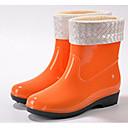 preiswerte Damen Stiefel-Damen Schuhe PVC Leder Frühling Regenstiefel Stiefel Flacher Absatz Schwarz / Orange / Blau