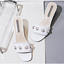 povoljno Ženske sandale-Žene Cipele Mekana koža Ljeto Udobne cipele Sandale Kockasta potpetica Otvoreno toe Umjetni biser Obala / Badem