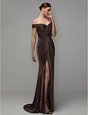 baratos Vestidos de Noite-Tubinho Ombro a Ombro Cauda Escova Elastano Evento Formal Vestido com Fenda Frontal / Pregas de TS Couture®