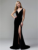 cheap Evening Dresses-Mermaid / Trumpet Plunging Neck Sweep / Brush Train Velvet Celebrity Style Formal Evening Dress with Sequin / Split Front / Pleats by TS Couture®