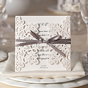 Doblado de Pórtico Invitaciones De Boda Tarjetas de invitación Estilo Floral Papel de tarjeta 15 x 15cm Lazo Cintas