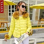 yalun®newファッションの女性のアライグマの毛皮の襟スリムダウンジャケット