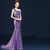 vestido de bola un vestido de noche formal de la gasa del terciopelo de la longitud del piso del hombro con los cequis de los appliques