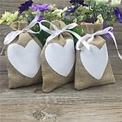 9x14cm 50pcsヴィンテージ天然の三角ヘッセニアの贈り物キャンディーバッグギフトボックスポーチジュート愛の心臓ギフトバッグ