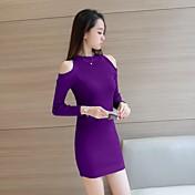 秋のドレス韓国のセクシーな漏れ肩に署名ニットスカート分割を底長袖のドレススリムパッケージヒップ