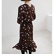 17早春に有名なシックな甘い花のレースが飛んで長袖のVネックドレス