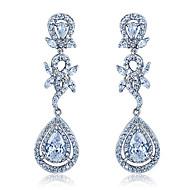 S & V Mão clássico das mulheres fez 100 Pcs Zircon do embutimento Brincos de cristal do parafuso prisioneiro