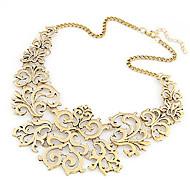 Žene Ogrlice-kragna Izjava Ogrlice Cvijet dame Europska Moda Pink Zlatan Ogrlice Jewelry Za Party Dnevno