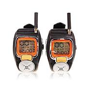 22チャンネルは、大きなバックライトLCDスクリーンと対トランシーバー腕時計スタイルをスリヴァー