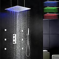 Χαμηλού Κόστους Βρύσες Ντουζιέρας-Σύγχρονο Ντουζιέρα Βροχή Εκτεταμένο Περιλαμβάνεται Τηλέφωνο Ντουζιέρας Θερμοστατικό LED Βαλβίδα Ορείχαλκου Τρεις λαβές πέντε τρύπες Χρώμιο
