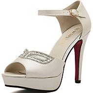 baratos Sapatos Femininos-Mulheres Sapatos Courino Primavera / Verão Salto Agulha Cristais / Presilha / Mocassim Branco / Amêndoa / Casamento / Festas & Noite