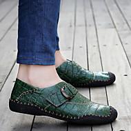 baratos Sapatos Masculinos-Homens Sapatos de couro Couro / Couro Sintético Primavera / Outono Conforto Mocassins e Slip-Ons Antiderrapante Marron / Azul marinho / Verde Escuro