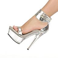 baratos Sapatos Femininos-Mulheres Sapatos Couro Envernizado Primavera / Verão Tênis com LED / Sapatos clube Sandálias Salto Agulha / Plataforma Presilha Prata /