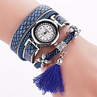 Dámské Náramkové hodinky Módní hodinky Křemenný S kamínky / PU Kapela Přívěšky Cikánské Skládaný Černá Bílá Červená Růžová