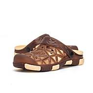 baratos Sapatos Masculinos-Homens Couro Ecológico Verão Buraco Shoes Chinelos e flip-flops Verde Tropa / Azul / Castanho Claro