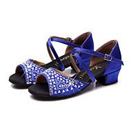 baratos Sapatilhas de Dança-Mulheres Sapatos de Dança Latina Cetim Sandália / Têni Pedrarias / Cristais Salto Robusto Sapatos de Dança Fúcsia / Vermelho / Azul