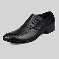 Férfi cipő PU Tavasz Nyár Kényelmes Formai cipő Félcipők Fűző Kompatibilitás Party és Estélyi Fekete