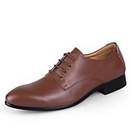 baratos Sapatos Masculinos-Homens Sapatos de vestir Couro Primavera / Outono Negócio Sapatos De Casamento Castanho Escuro / Azul / Castanho Claro