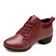 baratos Sapatilhas de Dança-Mulheres Tênis de Dança Pele Napa Têni Salto Baixo Sapatos de Dança Preto / Vermelho