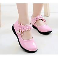 お買い得  女の子用靴-女の子 靴 レザーレット 春 / 秋 コンフォートシューズ / フラワーガールシューズ フラット のために ブラック / レッド / ピンク