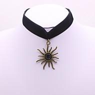 Dámské Obojkové náhrdelníky imitace drahokamu Velur Slitina Sportovní Elegantní Šperky Pro Denní Ležérní