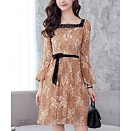 Kadın's Sokak Şıklığı Flare Kol Dantel Elbise - Zıt Renkli, Dantel Arkasız Kare Yaka Diz-boyu