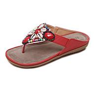 baratos Sapatos Femininos-Mulheres Sapatos Couro Ecológico Primavera / Verão Inovador / Chanel Sandálias Sem Salto Ponteira Tachas Vermelho / Azul / Amêndoa