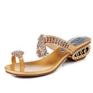 tanie Obuwie damskie-Damskie Obuwie PU Wiosna Lato Comfort Sandały Płaski obcas Okrągły Toe Stras na Casual Gold Silver