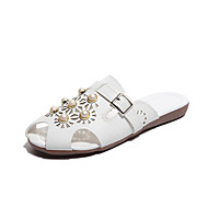Χαμηλού Κόστους Γυναικεία Τσόκαρα & Μιουλ-Γυναικεία Παπούτσια PU Καλοκαίρι Ανατομικό Σαμπό & Mules Περπάτημα Χαμηλό τακούνι Απομίμηση Πέρλας Λευκό / Μπεζ