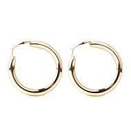 בגדי ריקוד נשים קלאסי טבעות חישוקים עגילים נשים פשוט ארופאי אופנתי תכשיטים זהב / כסף עבור יומי רחוב זוג 1