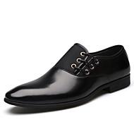 tanie Small Size Shoes-Męskie formalne Buty PU Wiosna / Lato Biznes Oksfordki Czarny / Brązowy