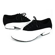 billige Moderne sko-Herre Moderne sko Lær Høye hæler / Joggesko Tvinning Flat hæl Dansesko Svart / Hvit