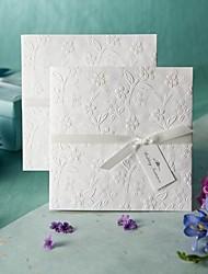 Недорогие -Номера для персонализированных Боковой сгиб Свадебные приглашения Образец приглашения-1 Шт./набор Старинный / Цветочный стильТиснённая