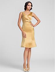 Χαμηλού Κόστους -Ίσια Γραμμή Λαιμόκοψη V Μέχρι το γόνατο Σαρμέζ Φόρεμα Παρανύμφων με Χιαστί / Κρυστάλλινη καρφίτσα με LAN TING BRIDE®