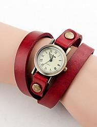 baratos -Mulheres Vintage Pequeno Dial pulseira de couro alça longa do Analog de quartzo relógio de pulso (cores sortidas)