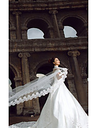 baratos -Uma Camada Borda com aplicação de Renda Véus de Noiva Véu Catedral Com 196,85 em (500 centímetros) Tule Linha-A, Vestido de Baile,