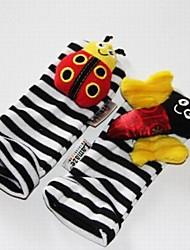 Недорогие -ребенок ноги погремушки черные мягкие игрушки