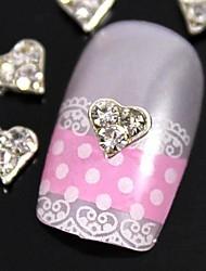 10pcs strass coeur en argent clair pour le bout des doigts accessoires bijoux art de la décoration des ongles