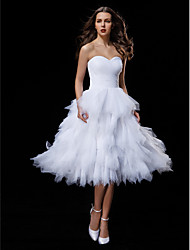 cheap -Ball Gown Sweetheart Knee Length Tulle Wedding Dress with Criss-Cross Ruche Tiered by LAN TING BRIDE®
