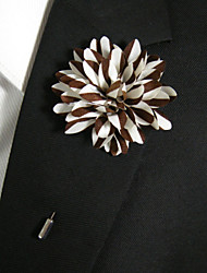 Men's Casual Brown And White Silk Goods Brooch Classical Feminine Style