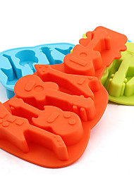 cheap -Guitar Shaped Silicone Baking Molds Ice/ Chocolate/ Cake Mold (Random Color)