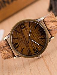 Orologi in legno alla moda