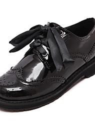Mulheres Sapatos Courino Couro Outono Conforto Salto Robusto Ponta Redonda para Casual Preto