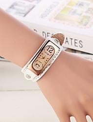 Недорогие -Жен. Наручные часы Кварцевый Повседневные часы Кожа Группа Аналоговый Кулоны Мода Белый - Винный Темно-русый Темно-коричневый / Нержавеющая сталь