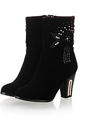 baratos -Mulheres Sapatos Courino Outono / Inverno Salto Robusto Botas Cano Médio Pedrarias / Miçangas Preto