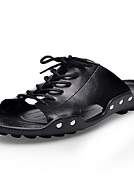 preiswerte -Herrn Schuhe Leder Frühling Sommer Herbst Komfort Slippers & Flip-Flops Wasser-Schuhe für Normal Büro & Karriere Draussen Kleid Schwarz